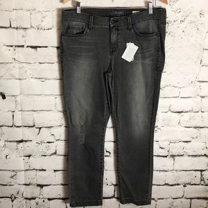 Level 99 Lily Crop Skinny Straight Jean